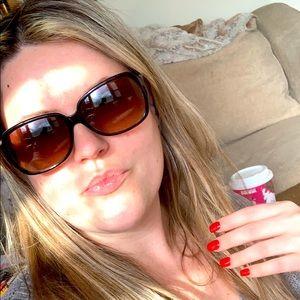 COACH Tortoiseshell Sunglasses 😎